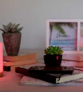 Long-distance touch lamp