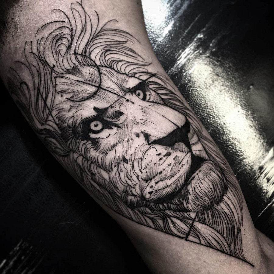 lion sketch style tattoo by fredao oliveira