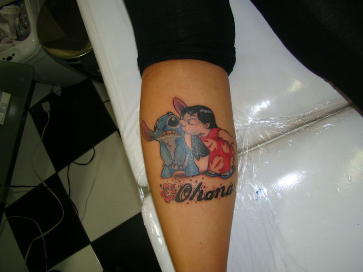 Lovely Lilo and Stitch leg tattoo