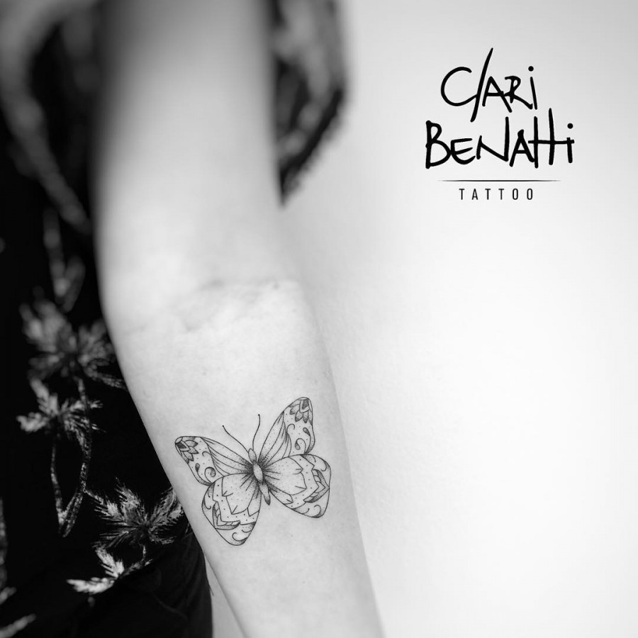 lovely-butterfly-tattoo-by-claribenattitattoo