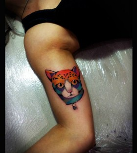 Lovely tiger's relative tattoo by Tyago Compiani
