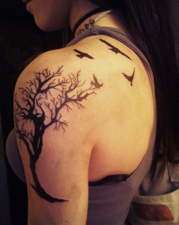 Nice dead tree and birds tattoo