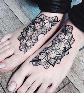 Nice foot tattoo design