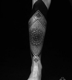 Nice leg tattoo by Brian Gomes