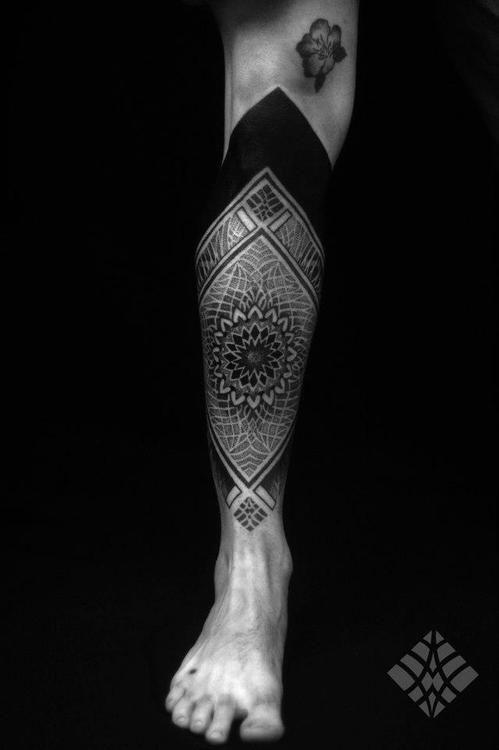 Nice leg tattoo by Brian Gomes