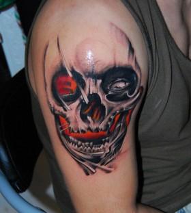 Nice skull tattoo by Razvan Popescu