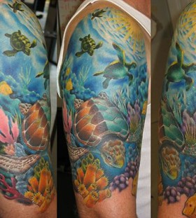 Ocean and turtles tattoo