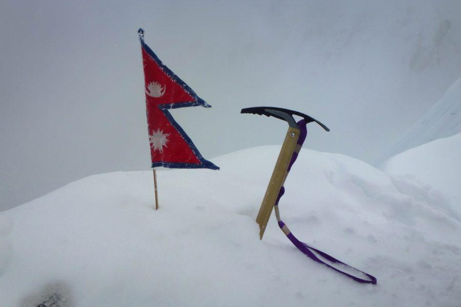 difficult is island peak climbing