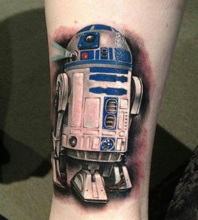 R2D2 tattoo by Benjamin Laukis
