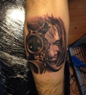 Realistic woman tattoo by Razvan Popescu