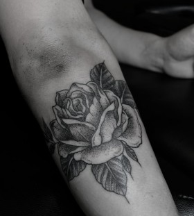 Rose tattoo by Thomas Cardiff