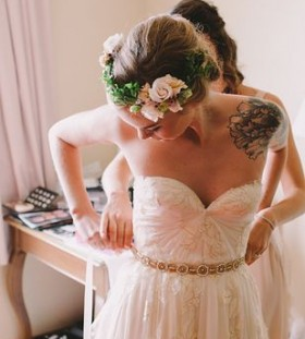 Shoulder flower bride tattoo