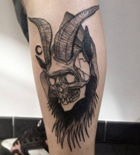 Skull with horns tattoo by Michele Zingales