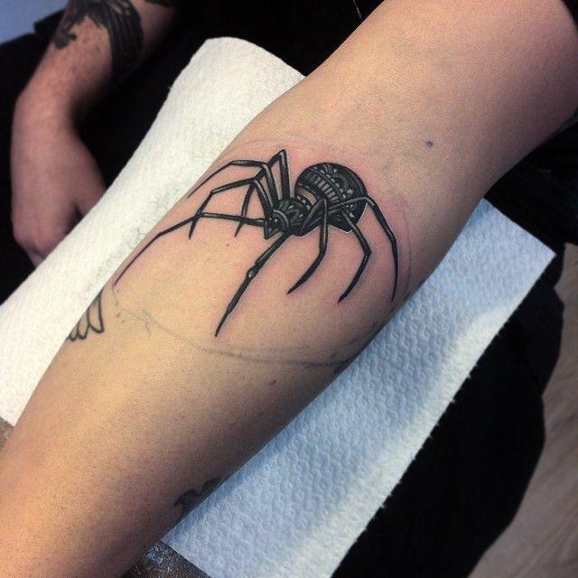 Spider tattoo by Flo Nuttall