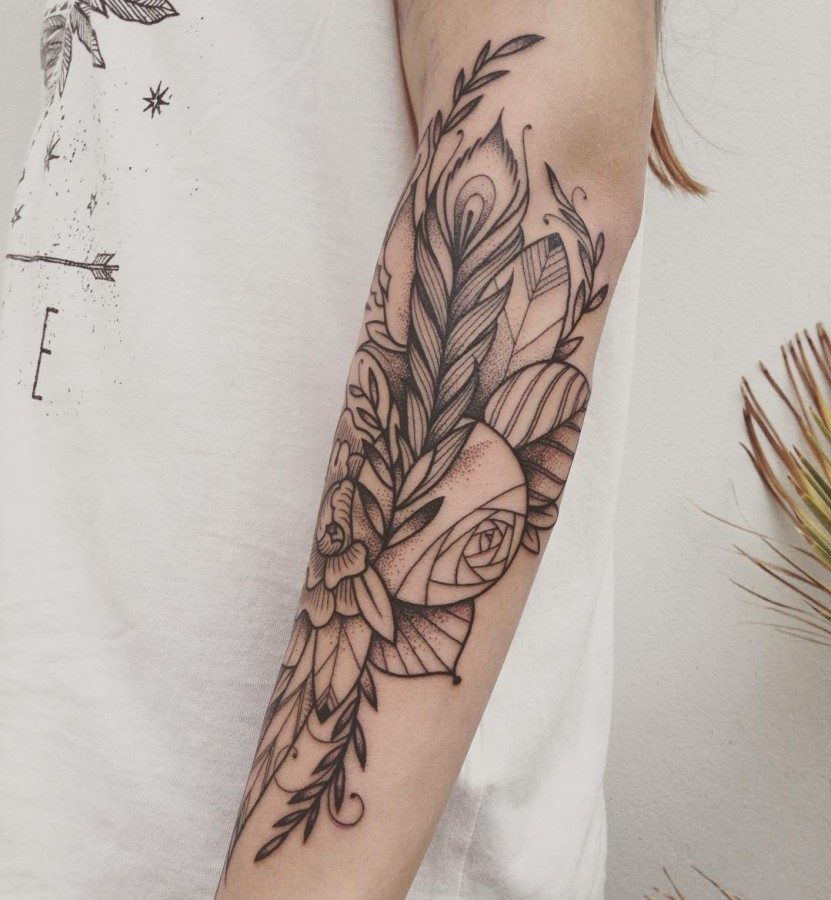 supakitch-bleunoir-floral-half-sleeve-blackwork-tattoo