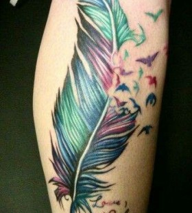 Amazing colorful leg's tattoo