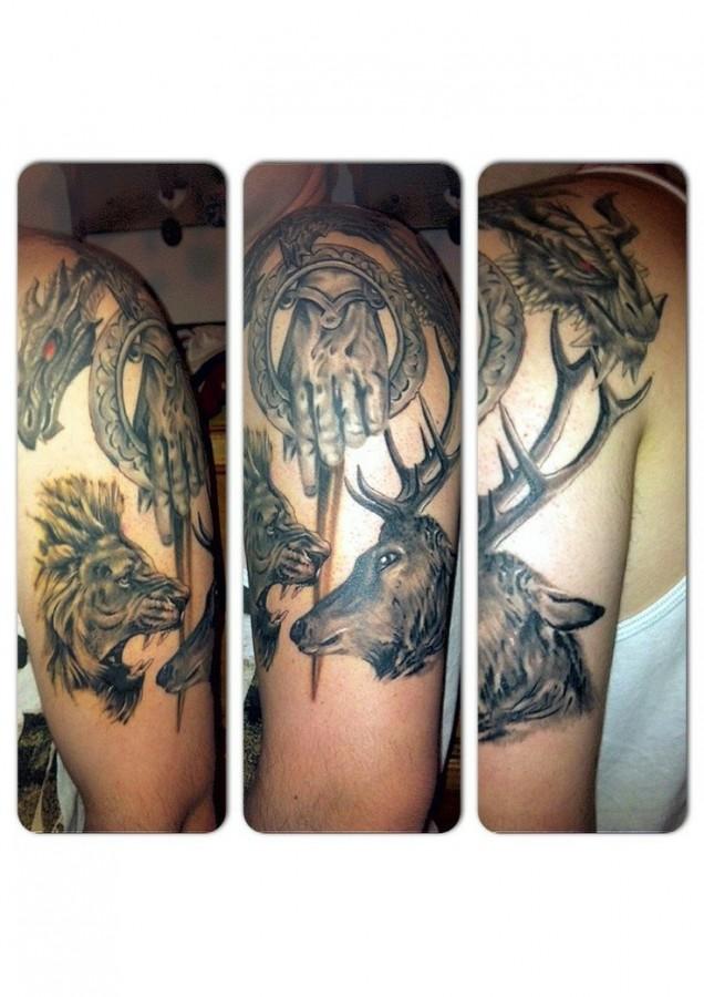 Amazing shoulder's game of thrones tattoo