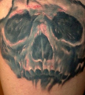 Arrows and Embers skull tattoo