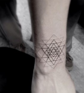 Awesome hand's geometric style tattoo