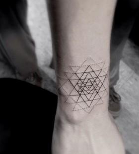 Awesome hand's geometric style tattoo