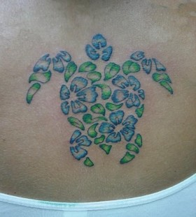 Blue and green Honu turtle tattoo