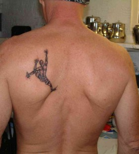 Cool deer back men's back tattoo