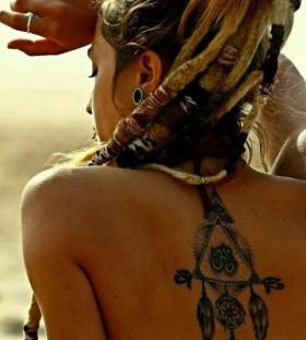 Cool hair girl's hamsa tattoo