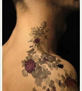 Cool men's flower tattoo