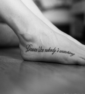 Dance like nobody dance