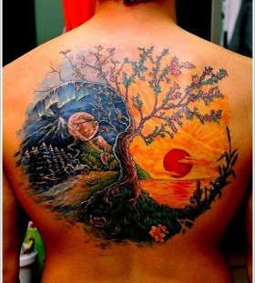 Different time seasons men's back tattoo