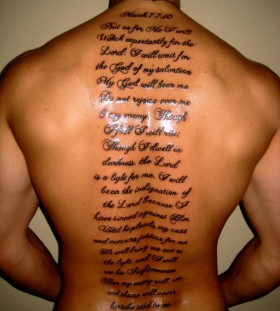 English scripts men's back tattoo