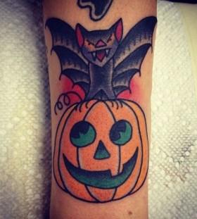 Flyingmouse night style halloween tattoo