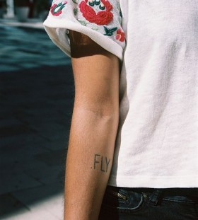 Hand's fly fashion style tattoo