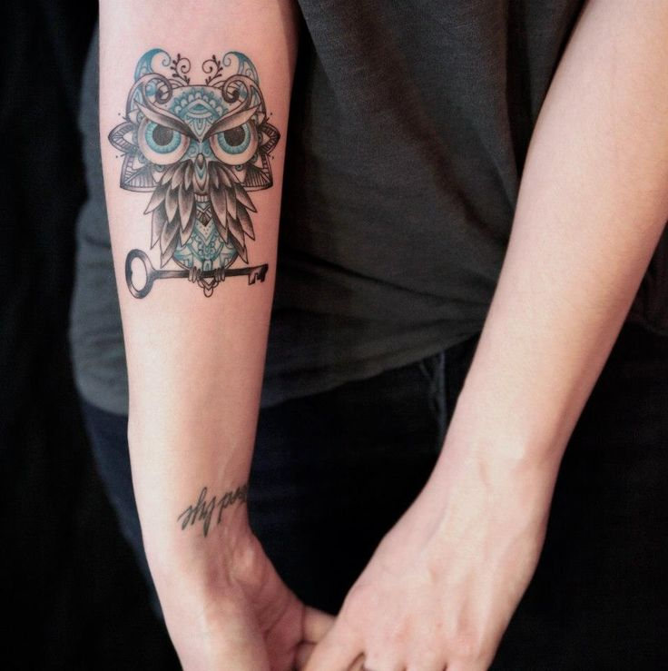 Key and owl tattoo by Dodie