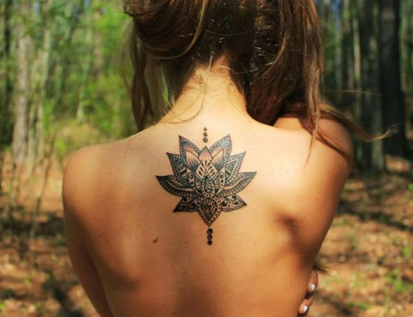 Back Tattoo Girls Tumblr Flowers Girl's Back Tattoo