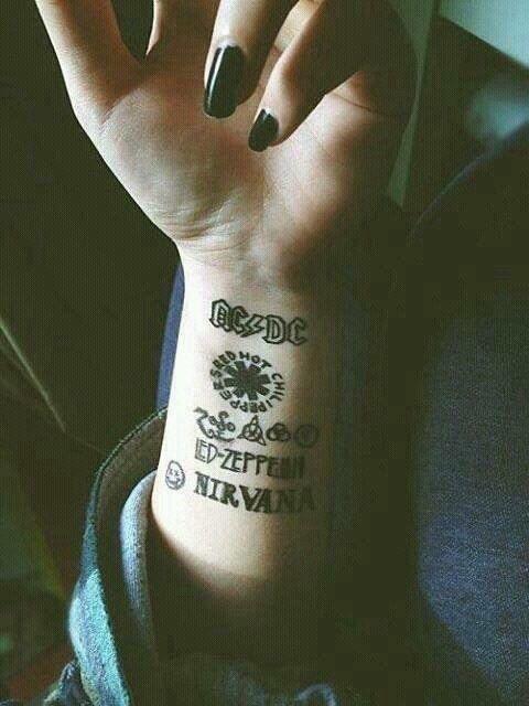 Nails black nirvana tattoo