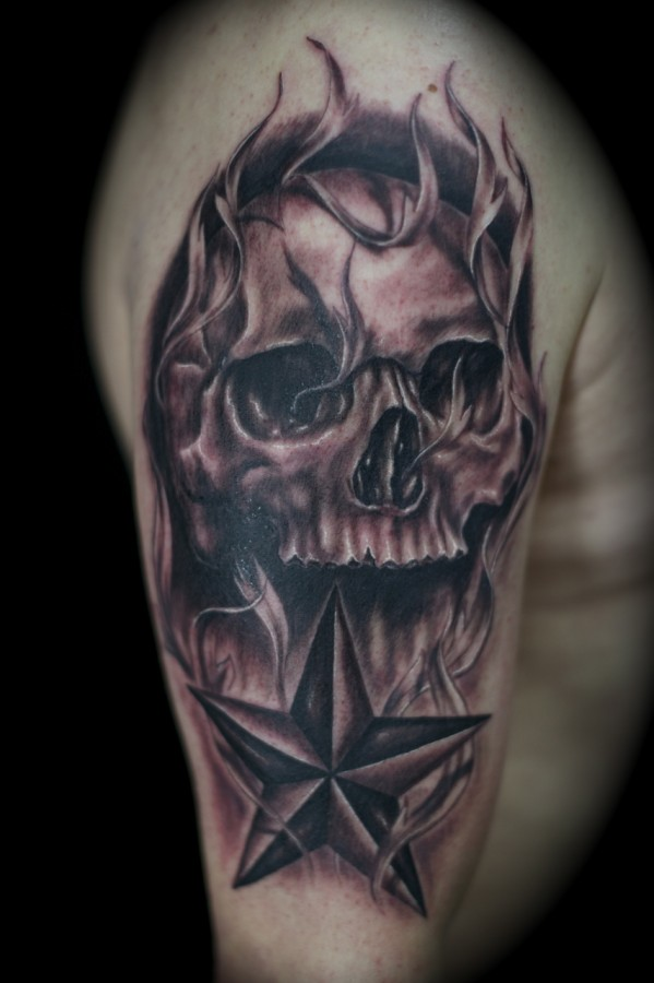 Nor Cal star and skull tattoo
