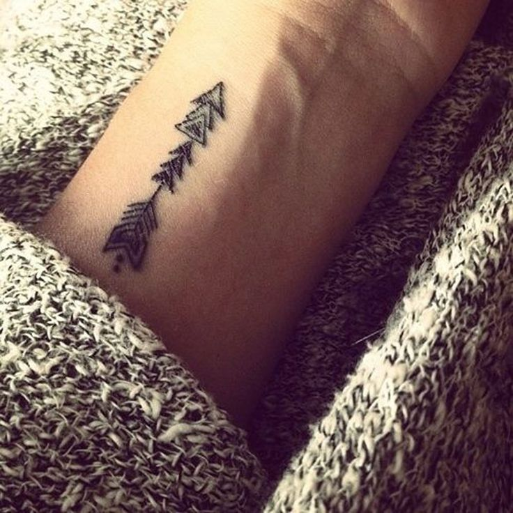 Pretty arrow small tattoo
