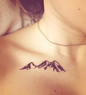 Pretty necklace mountain tattoo