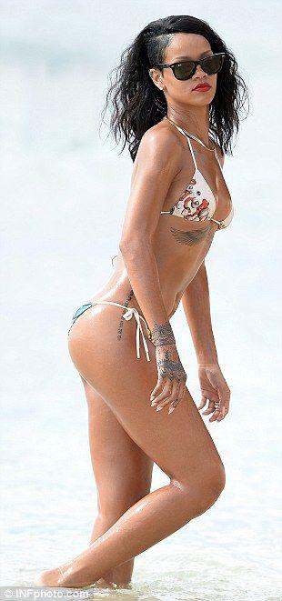 Rihanna body singers tattoo