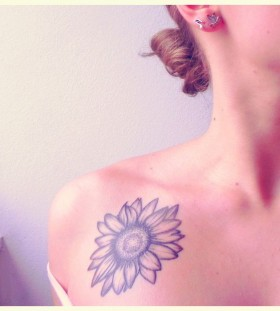 Simple shoulder sunflower tattoo