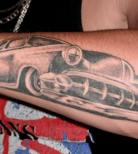 Simple white and black car tattoo