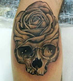 Skull black rose tattoo