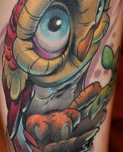 Funny owl tattoo by Tattoo da Semana