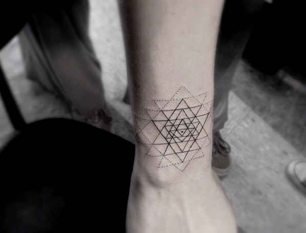 Gorgeous black Los Angeles style tattoo