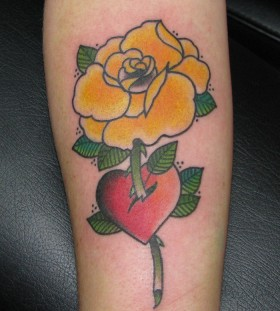 Red heart and yellow rose tatoo