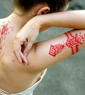 Red women's geometric tattoo