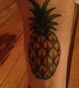 Simple pineapple tattoo