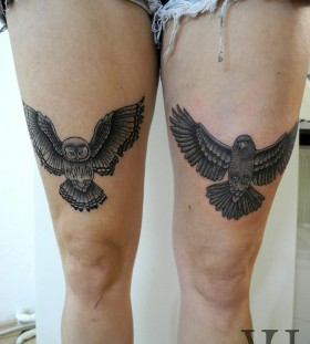 Owl and bird wing tattoo on leg