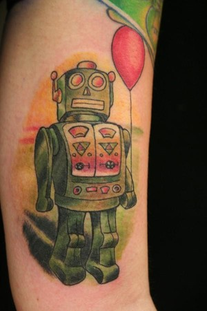 Coloured robot with a balloon tattoo